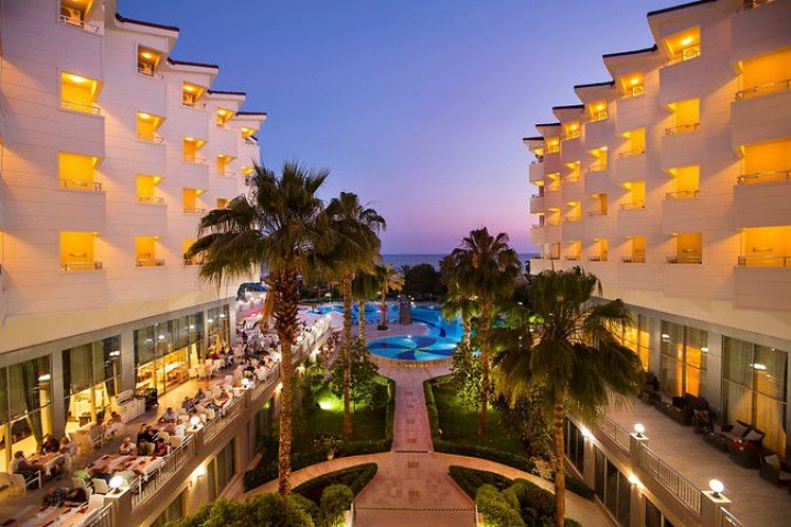 Hotel Terrace Beach…