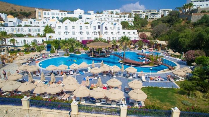 Salmakis Beach Resort…