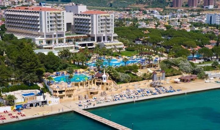 Fantasia Hotel De Luxe…