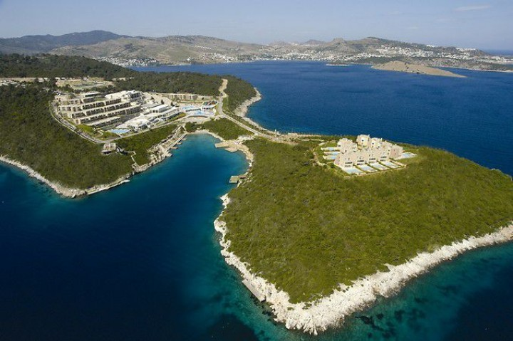 Hilton Bodrum Turkbuku Resort…